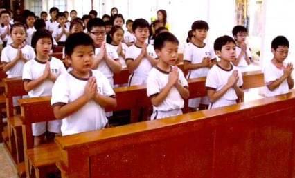 prayer in hong kong classroom