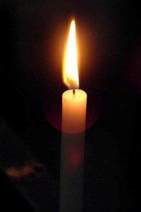 Candle (c) FreeFoto.com